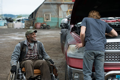 Danny Glover and Lucas Till in Monster Trucks (13)