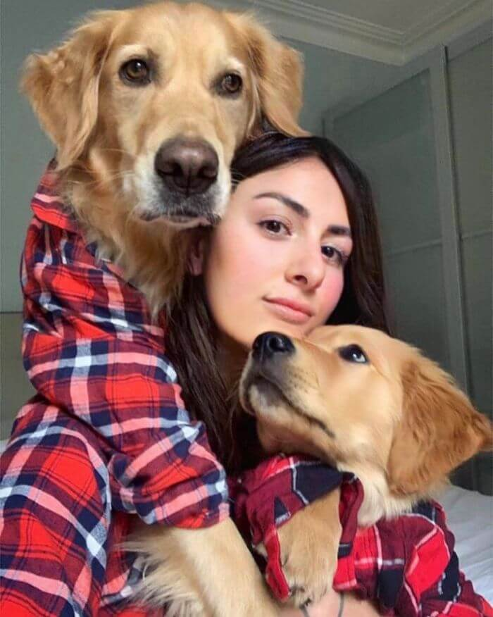 30 Adorable Pictures Depict The Loving Relationship Between A Woman And Her Dogs