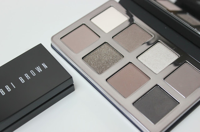 A picture of the limited edition Bobbi Brown Greige Collection Greige Eye Palette