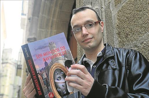 Juan Manuel Díaz Hinojal, autor de Los mundos de Ravenholdt - Cine de Escritor