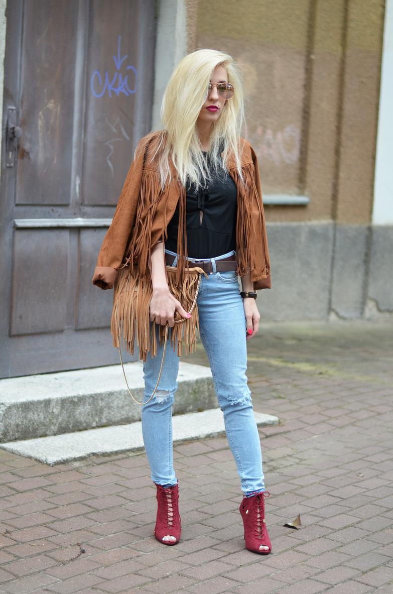 http://www.amiclubwear.com/shoes-booties-fli-brandy-08burgundy.html