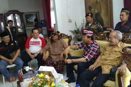 Gus Nuril Beri Gelar Santri Kehormatan kepada Ahok-Djarot, Netizens: Kok Ada Santri Gak Disunat?