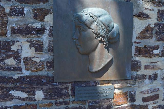 Byste av Margareta. Foto 5