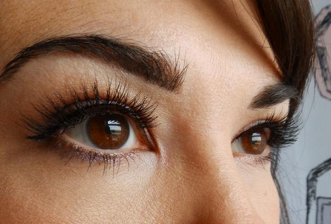 45a9b19ed79 Esqido False Eyelashes and Companion Glue Review! #WeddingWednesday ...