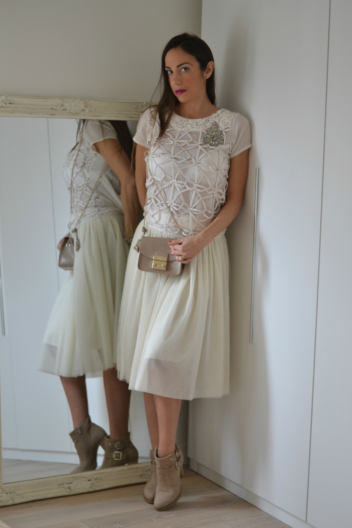 look con gonna tulle