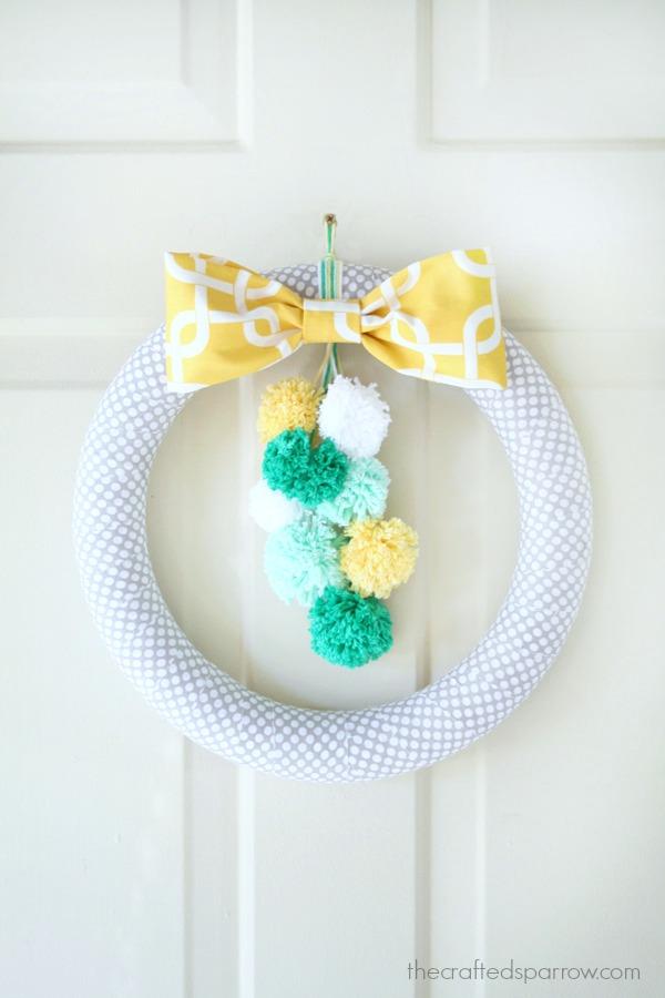 Pom-Pom-Spring-Wreath