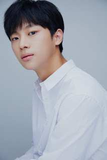 akun-instagram-lee-shin-young