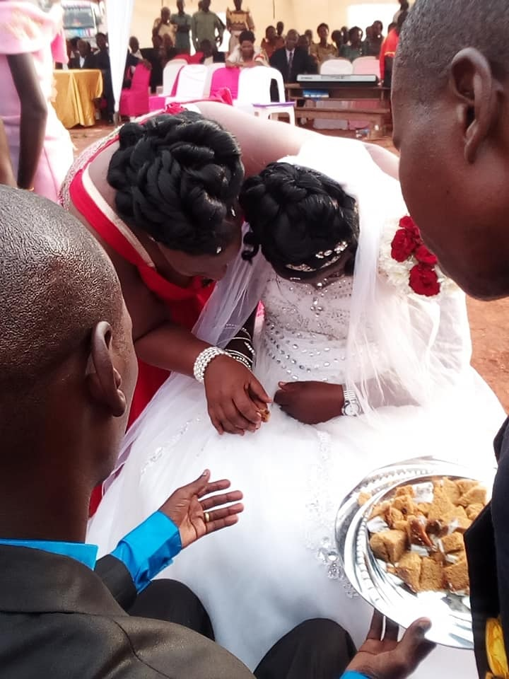 forc%2B8 - WOMAN shocks people at wedding, she looks so sad on the big day, Was she forced?(VIRAL PHOTOs).