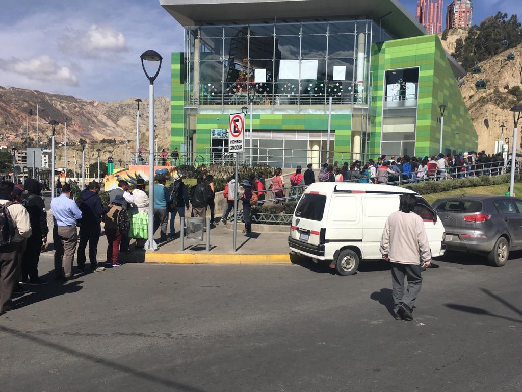Desde las RRSS se denunció la presencia de presuntos atracadores en estaciones de la zona sur / LA RAZÓN