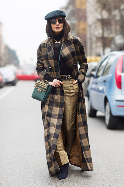 porady stylisty, beret, jesienne must have, must have, trendy, modne trendy, modne akcesoria, jak nosić, kaszkiet, street style, jesienne trendy, jesienne inspiracje, jesienny styl, jak nosić beret