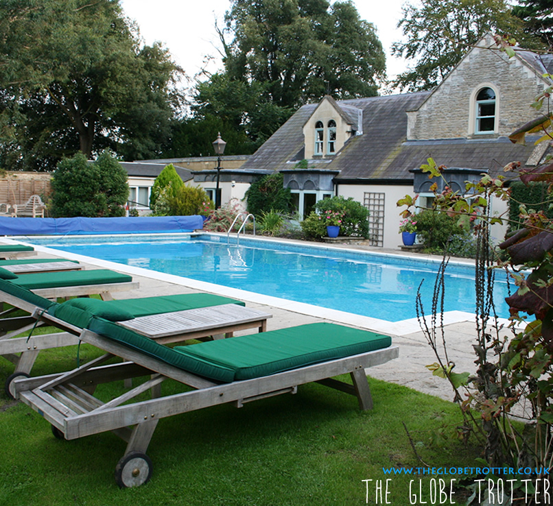 Beechfield house a beautiful cosy hideaway in wiltshire the globe trotter for Chippenham outdoor swimming pool