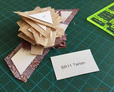 Dear Jane Quilt - Border Triangle Block BR11 Tartan