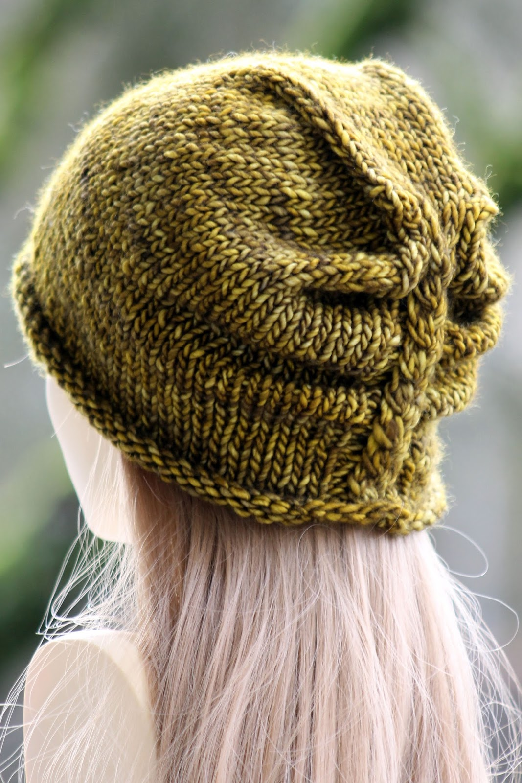 Free Hat Knitting Pattern For 2 Year Old : Knitting & crochet inspirations on Pinterest Cowls, Free ...