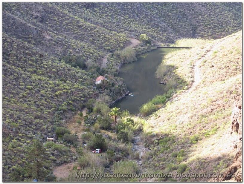 El pantano de cerca, alguien tiene una casita allí