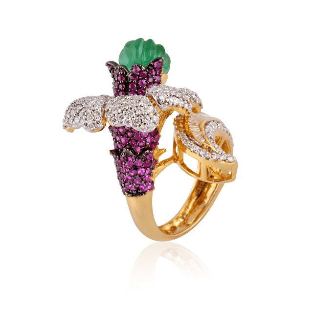 Gift your sister a token of love from SUNAR JEWELS this Raksha Bandhan