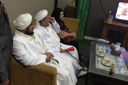 Diperiksa Oleh Polda Jabar, Habib Rizieq bawa 5 pengacara