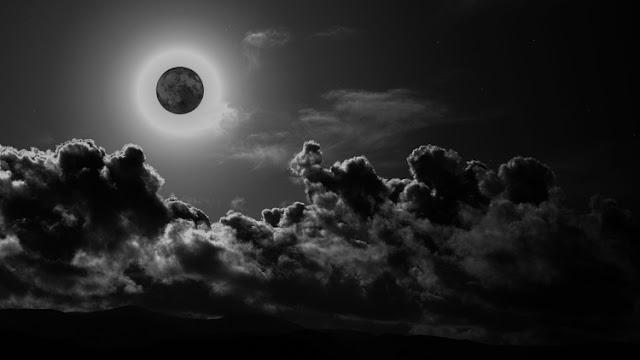 Μαύρη σελήνη στις 30 Σεπτεμβρίου - Χαμός από τις θεωρίες καταστροφολογίας