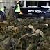 La Policía confisca 20.000 uniformes militares destinados al Estado Islámico