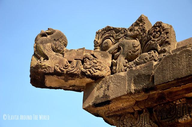 Detalle del templo de Prambanan