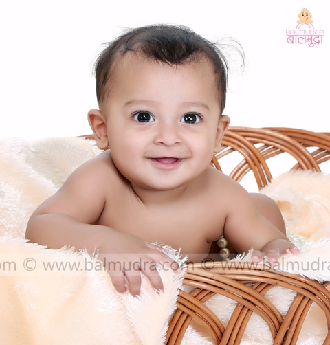 9 months baby photo shoot babiesphotographer shrikrishnaparanjpe childphotographerinpune photographer baby photographerinpune childmodelling