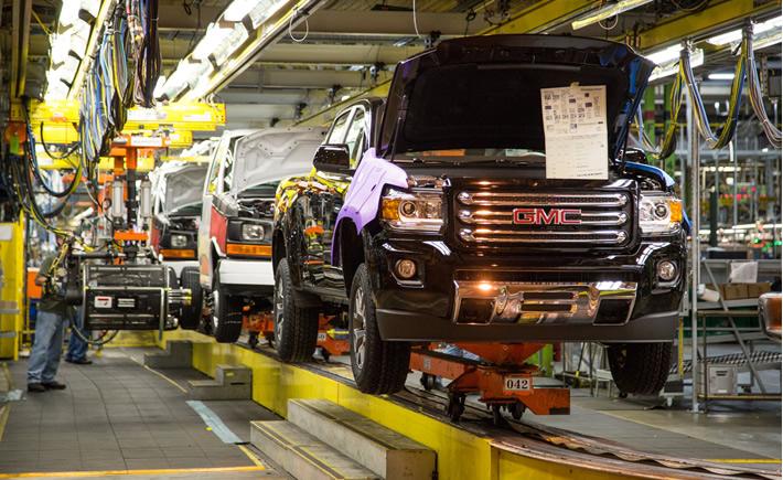 Un tercio de las empresas de manufactura estadounidenses están considerando regresar sus operaciones a Norteamérica, ubicadas actualmente en China, India, y/o Brasil. (Foto: General Motors)