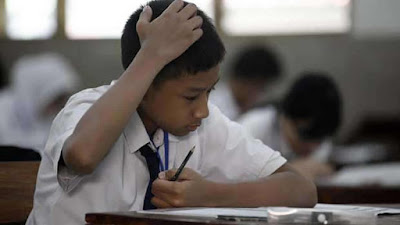 (KASIAN) Nunggak SPP, 12 Siswa SMA ini Diusir dan Dilarang Ikut UTS