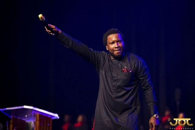 I'm Proud You Married Beauty With Brains – Sonnie Badu To Stonebwoy