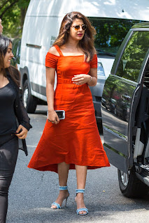 Priyanka Chopra Looks super cute in Orange WOW