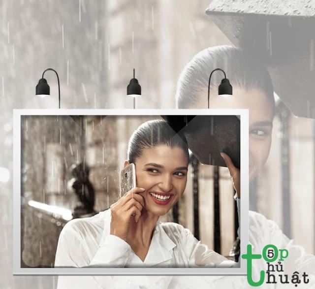 Hạn chế sử dụng điện thoại khi trời đang mưa