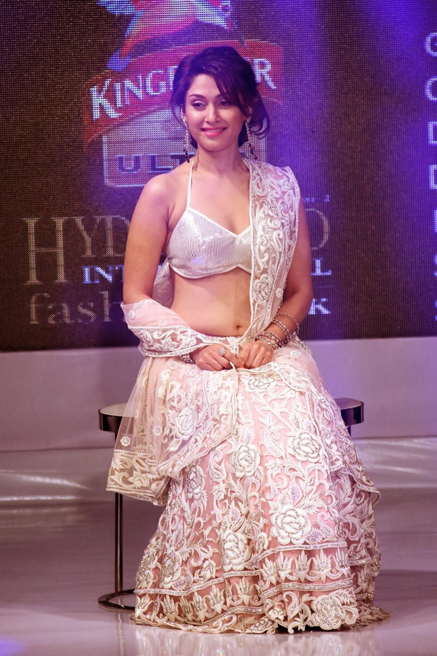 Manjari Phadnis Gorgeous Ramp Walk Photos-HQ-Photo-14