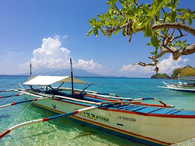 boat nice beach philippines