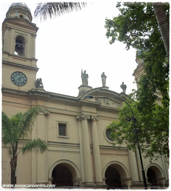 Catedral de Montevidéu, por novocaroneiro.com