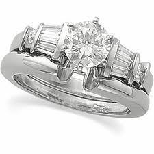 Perhiasan Emas Putih