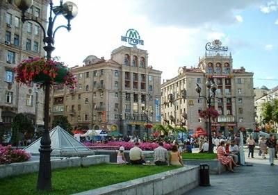 Kiev sokaklarından bir manzara