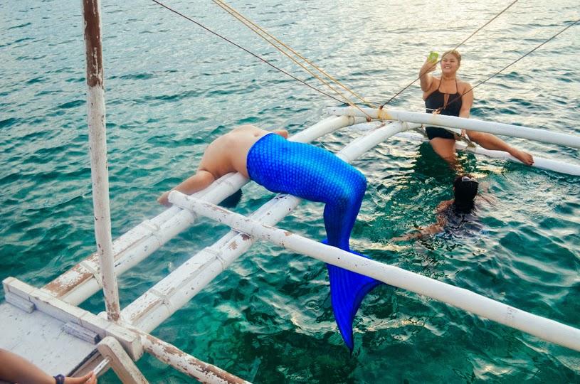 Island Hopping friends philippines cebu birthday drinks dead mermaid