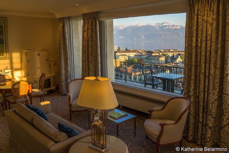 Hotel De La Paix Living Room