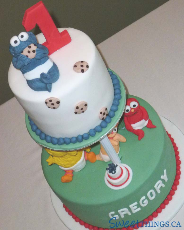 SweetThings: 1st Birthday Cake: Baby Sesame Street Cake