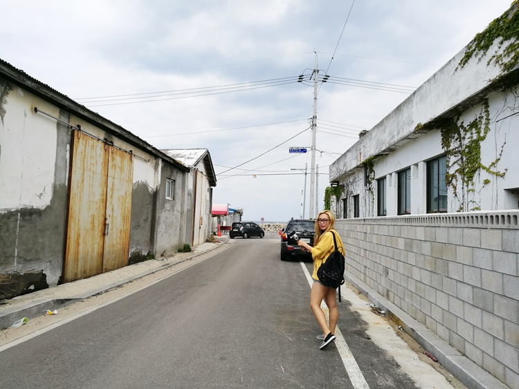 Traveling to Small Beach Town in Korea! Sokcho!