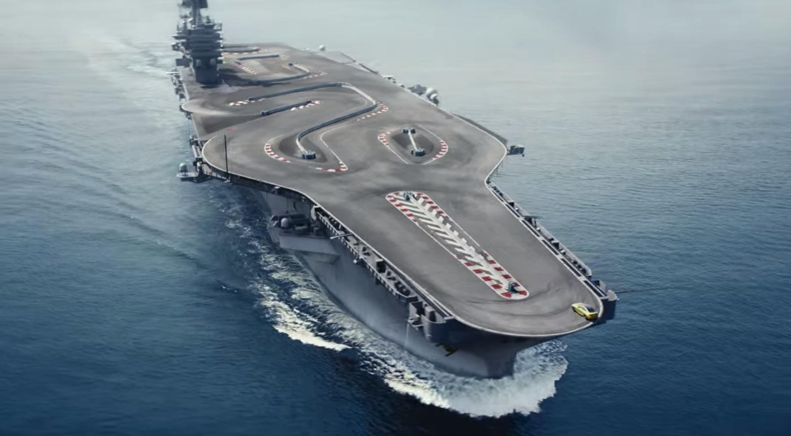 BMW Pista de carreras en porta aviones