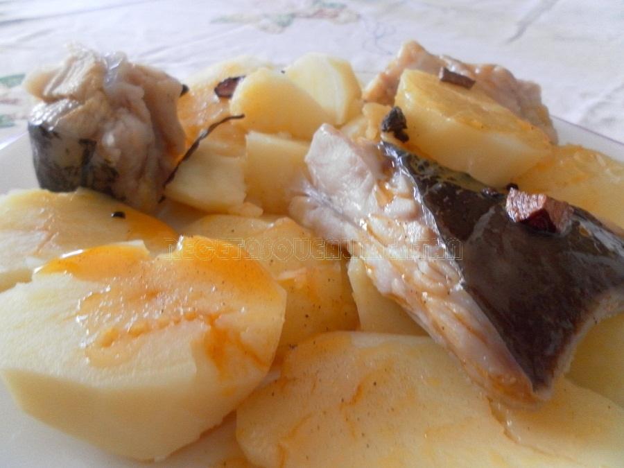 Recetas que alimentan raya a la gallega for Cocinar raya a la gallega