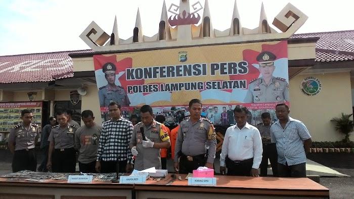 Satreskrim Polres Lamsel, Amankan 3 Pelaku Curan  mor di Kec Penengahan Lamsel.