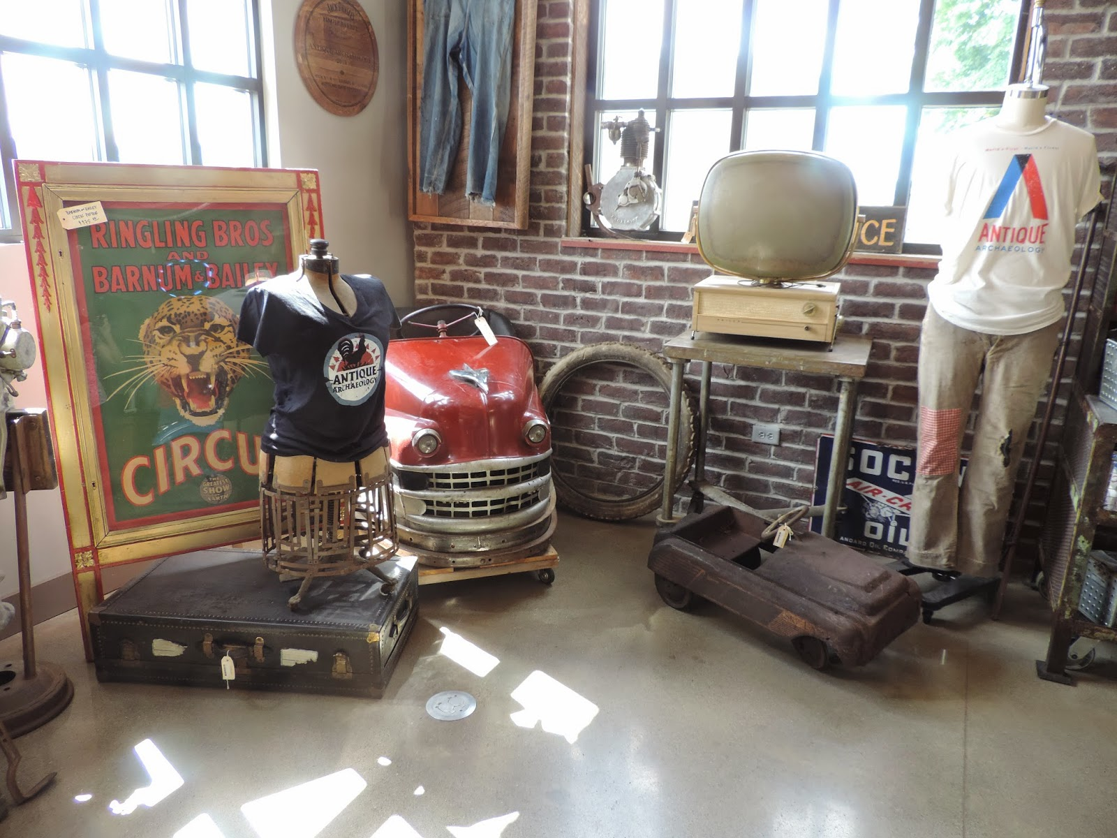 just me antique archaeology american pickers. Black Bedroom Furniture Sets. Home Design Ideas