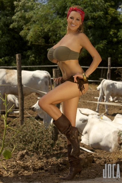 Women naked on farms