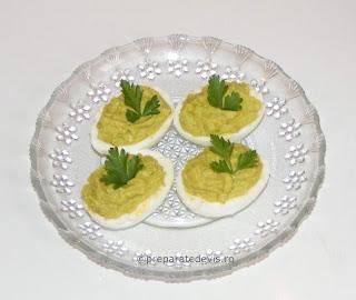 Oua umplute cu guacamole retete culinare,