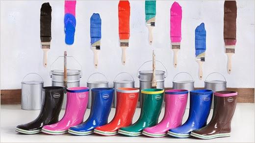 58061b74ccc as botas de chuva Havaianas têm cores e desenhos alegres e são a maneira  mais chic de darmos um toque primaveril
