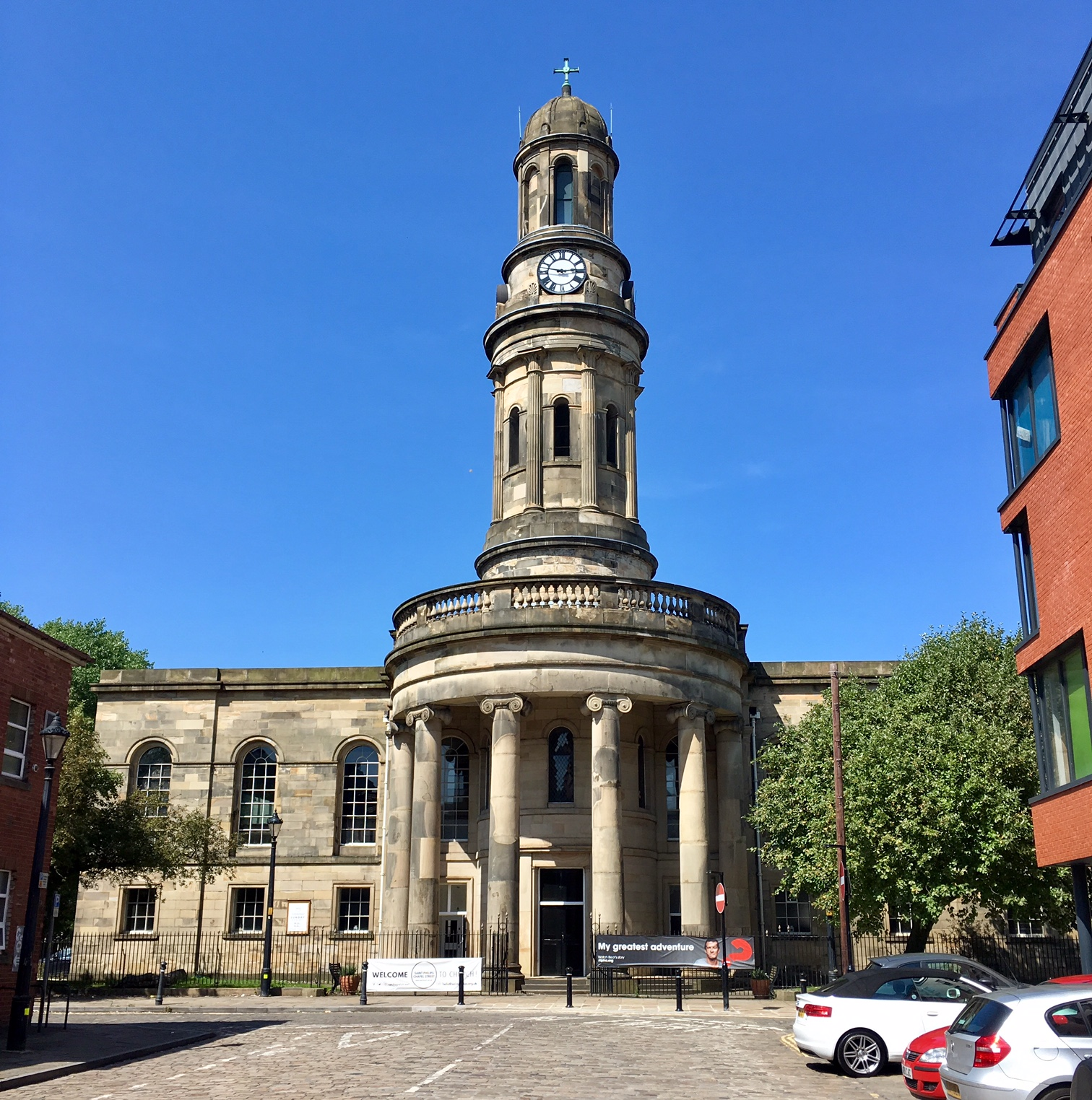Salford Cathedral: Around British Churches