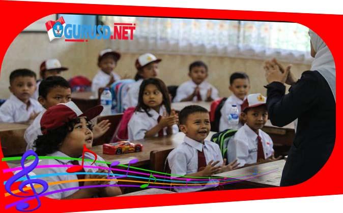 Lagu Hari Pertama Ke Sekolah Awali Tahun Pelajaran Baru Semua Jenjang Kurikulum 2013 Revisi
