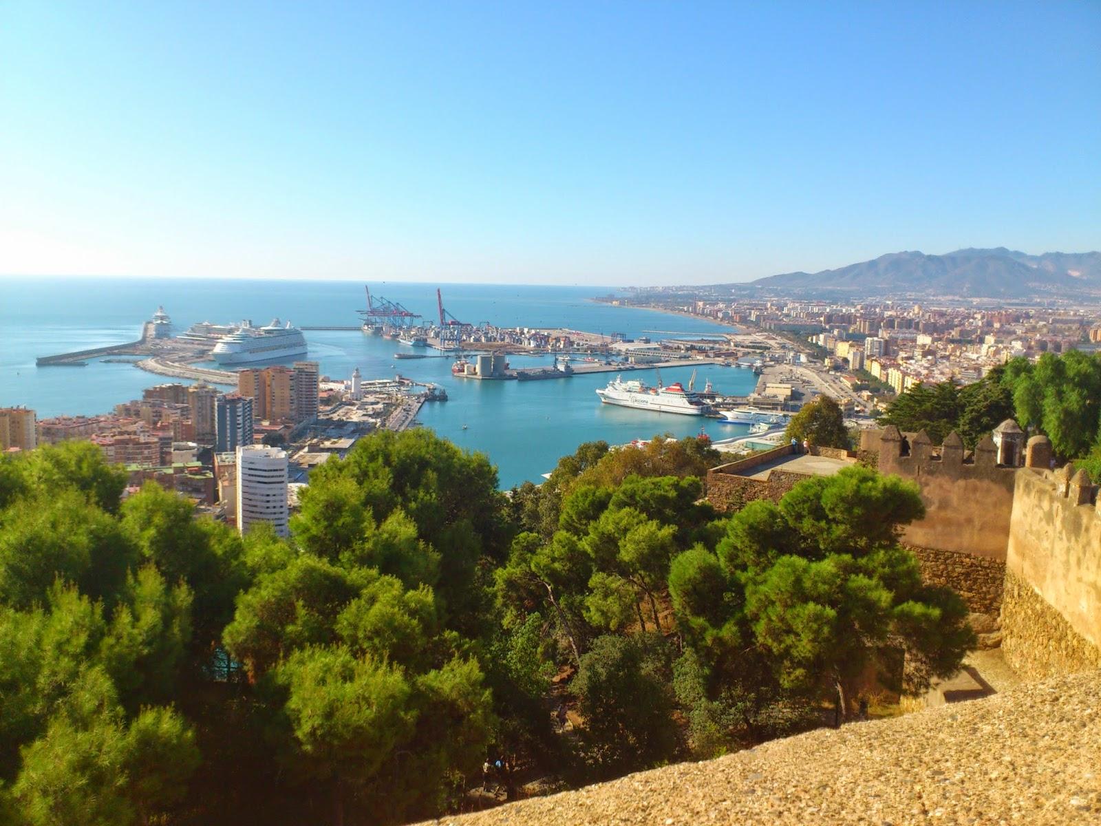 Vistas de Málaga desde su Alcazaba