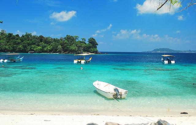 Pantai Terkenal Serambi Mekah