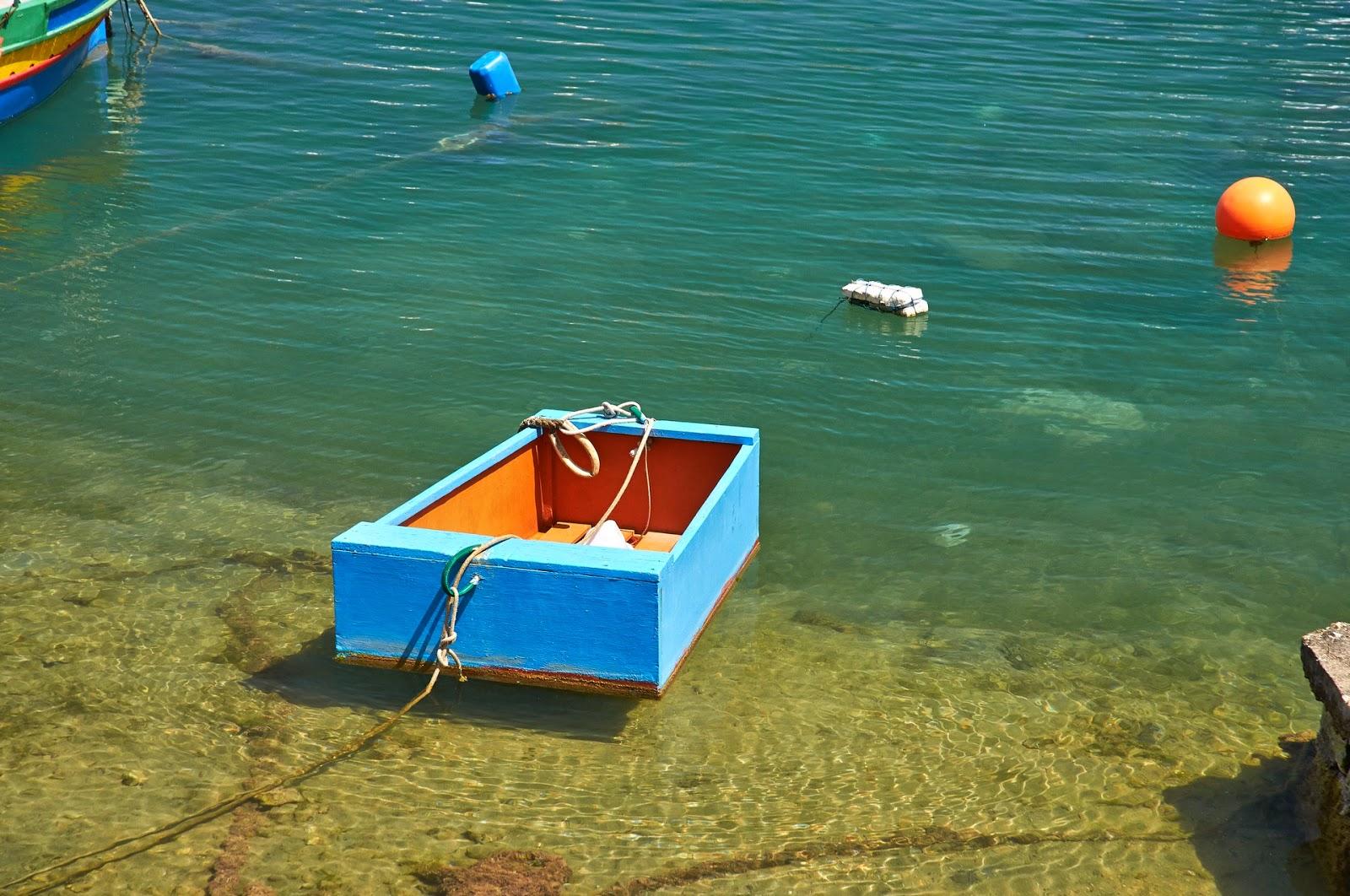 kolorowe łódki na Malcie
